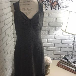 Dresses & Skirts - Beautiful vintage dress with button & lace detail